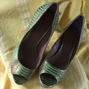Rachel Roy perp toe sandals